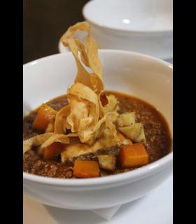 Egg noodle vegetable soup